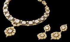 Diamond Set With Blue Meenakari Work at Best Price in Jaipur, Rajasthan Mom Jewelry, Geek Jewelry, India Jewelry, Trendy Jewelry, Jewelry Necklaces, Uncut Diamond, Jewelry Patterns, Necklace Set, Circle Necklace