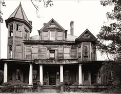 In 1907 T.F. Boyd built this three story Victorian Southern Mansion in Hamlet, NC for his family. Among the many interesting rooms was the ballroom that covered the entire third floor.