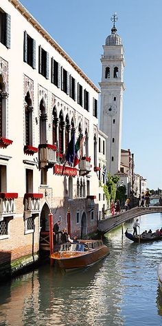 #Liassidi_Palace_Hotel in #Venice #Italy http://en.directrooms.com/hotels/info/2-31-182-18144/