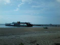 kapal cui.. jadi berangan-angan pengen punya kapal sendiri.. HAHAHA