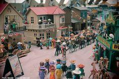 Diorama Playmobil à Saulieu 2014 L'arrivée du cirque Buffalo Bill Par Alizobil & Margot