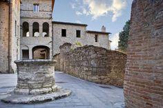 Todi (PG). Castello di Montignano