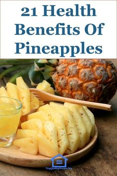 Pineapple is a tropical fruit, having a sweet-tart taste, with numerous health benefits such as aiding digestion, boosting the immune system, and improving eye Pineapple Health Benefits, Fruit Benefits, Tart Taste, Home Health Care, Sweet Tarts, Natural Remedies, Herbal Remedies, Health Fitness, Nutrition