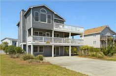 Surf N Sound Duck (North Carolina) Located in Carolina Dunes, this apartment features a patio with pool views. The unit is 29 km from Nags Head.  The unit equipped with a kitchen with an oven and microwave. A TV is offered. There is a private bathroom with a hot tub.  Duck is 2.