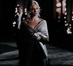 Caroline Forbes, Klaus And Caroline, The Vampire Diaries 3, Vampire Diaries The Originals, The Cw, Bonnie Bennet, Daimon Salvatore, Candice King, Vampire Dairies