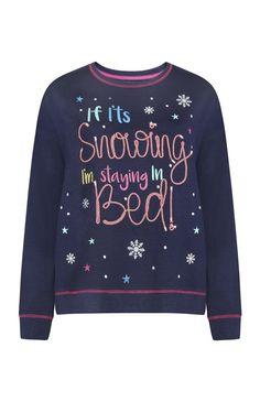 Primark - Camiseta de pijama con mensaje navideño Justice Stuff, Girl Trends, Custom T Shirt Printing, Formal Shirts, Gap Kids, Primark, New Girl, Christmas Sweaters, Alice