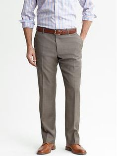 Classic fit khaki wool trouser   Banana Republic Smart Casual Men, Business Casual Men, Casual Man, Wedding Dresses Men Indian, Wedding Dress Men, Best Pants For Men, Men Pants, Indian Men Fashion, Man Fashion