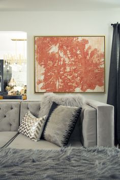 BEFORE + AFTER: A Fashion Blogger Turns Her Dark Living Room Into A Glamorous Oasis - ELLEDecor.com