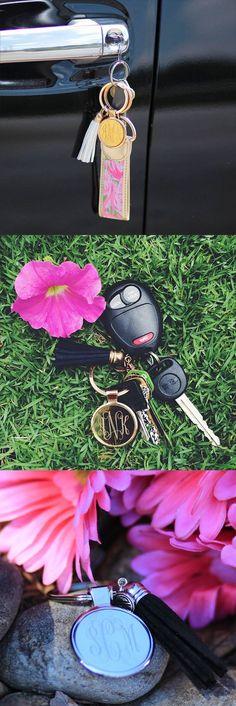 First cars accessories lilly pulitzer 18 Trendy ideas Monogram Keychain, Tassel Keychain, Preppy Keychain, Preppy Car Accessories, Girls Accessories, Car Key Locksmith, Car Essentials, Marley Lilly, Car Hacks