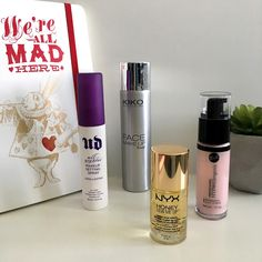 Lady makeup: Primers and Setting Sprays