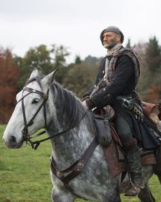 "Graham McTavish as Dougal MacKenzie in Outlander on Starz | Episode 4 ""The Gathering"" via http://www.farfarawaysite.com/section/outlander/gallery1/gallery.htm"