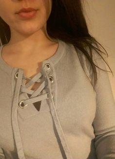 #vintedpl http://www.vinted.pl/damska-odziez/swetry-z-dekoltem/17015531-sznurowany-sweterek-niebieski-baby-blue-welna-lace-up-s-m-36-38-hit
