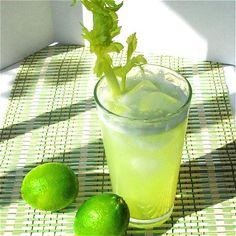 Limonada de apio // Celery limeade.