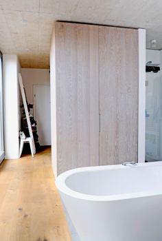 loft in graz - Möbelbau Breitenthaler, Tischlerei Loft, Bathtub, Bathroom, Graz, Carpentry, Homes, Standing Bath, Washroom, Bathtubs