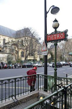 Saint Germains des Pres Metro Sign