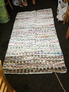 [DIY] Crochet Plastic Bags into Sleeping Mats for the Homeless | 1 Million Women