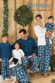 Matching pajamas for the entire family. Hello holiday card. Plus 1cdb68452