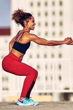30cbc336b453b4 Designed for coverage and comfort from set to rep, the NikeWomen Power  Legendary Tight has compression to take your workouts to the next level.  Nike