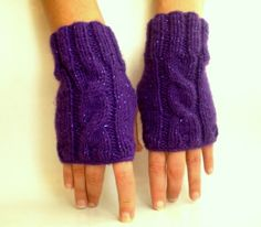 Fashionable way to keep your hands warm all winter long