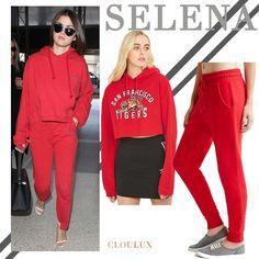 Wir sind uns sicher, dass auch Selena Gomez den Montag nicht zu ihrem Lieblings-Tag zählt! Unser Selena Gomez Style für Montage ist deshalb farbenfroh, super kuschelig und einfach der perfekte Mix aus stylish und casual! Der Selena Gomez Style mit rotem Jogging Anzug und weißen Riemchen-Sandalen ist unsere Lösung für den Montags-Blues – also nichts wie nachshoppen!