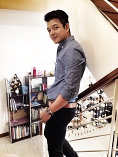 #jericho rosales in york chambray blue