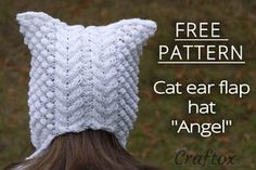 Cat ear hat with earflap free knitting pattern. Back view.