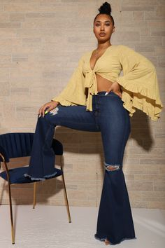 Bell Bottom Pants, Bell Bottoms, Yellow Top, Wide Leg Jeans, Flare Jeans, Wealth, Bell Sleeves, Girl Outfits, Women Wear