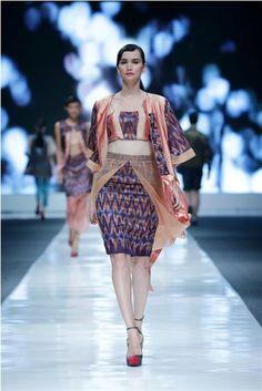 Jakarta Fashion Week 2014 - IKAT Indonesia