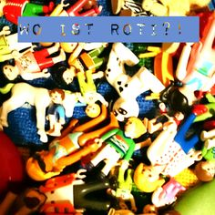 """""""Irgendwo ist schwer zu finden."""" (Thomas S. Lutter, *1962, Lyriker und Musiker) Playmobil erfreut sich momentan großer Beliebtheit bei Claralabim. Zu Weihnachten gab es ein riesen Sorti…"""