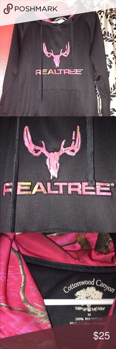 Real tree pink camo hoodie💕🎀 Only worn once! Cute and comfy!😉 camo is not really me so I don't wear it much! But it's practically brand new! real tree Sweaters Crew & Scoop Necks