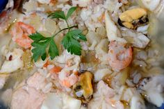 Ear soup with fish and seafood Fish And Seafood, Pasta Salad, Shrimp, Soup, Favorite Recipes, Ear, Ethnic Recipes, Crab Pasta Salad, Soups
