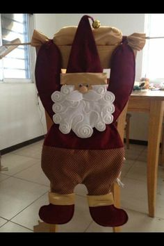 1 million+ Stunning Free Images to Use Anywhere Christmas Projects, Christmas Holidays, Xmas, Free To Use Images, Love Craft, Chair Covers, Leather Backpack, Diy And Crafts, Santa