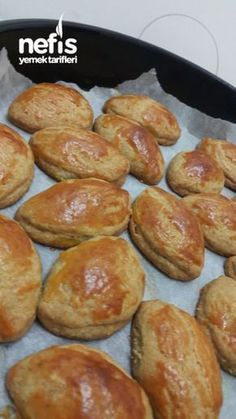 Delicious Quickie Pastry Dispersed in the Mouth Dinner Rolls Easy, Turkish Breakfast, Tandoori Masala, Turkish Kitchen, Snacks Für Party, Breakfast Items, Turkish Recipes, Pastry Recipes, Pain