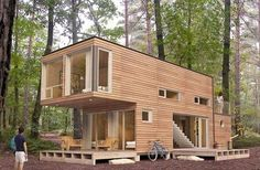 Container house built from €2000,- Conatiners. | Container Haus aus Containern im Wert von € 2000,- gebaut. #containerhouse #containerhaus