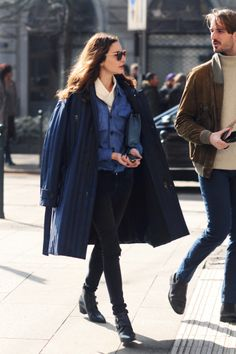 #Sunday #Style #Inspiration. We love the jacket draped over shoulders look. Layer with denim jacket.