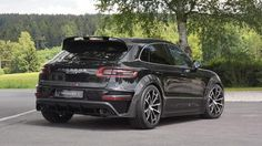 Porsche Macan Mansory trasera