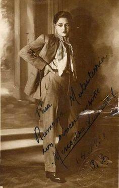 MERCEDES SIMONE, tango singer (and very vintage gentlemanly dresser).