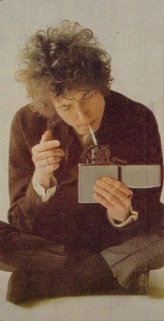 Bob Dylan and his favorite zippo
