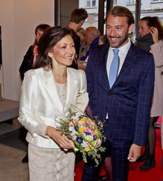 Countess Alexandra is getting divorced | Royalista
