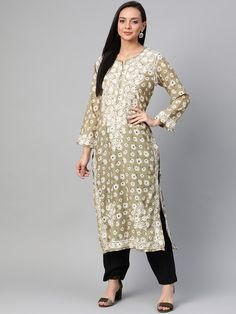 Ada Hand Embroidered Green Cotton Lucknow Chikankari Kurti- A100433 has a straight long finish along with straight hems #Adachikan #chikankari #handembroidered #shopnow #chikan #lucknowi