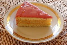 PUNCH CAKE – PUNCSTORTA. ...A Creole trifle (also sometimes known as a 'Russian cake' or a 'Russian Slab') is a different but related dessert item consisting of pieces of a variety of cakes mixed and packed firmly, moistened with alcohol and a sweet syrup or fruit juice, and chilled.  Bakeries in New Orleans have been known to produce such cakes out of their leftover or imperfect baked goods. A similar dessert in Germany and Austria goes by the name of Punschtorte.[7]