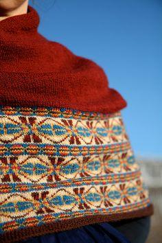 sixareen cape pattern...kate davies.... lovely...