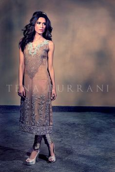 tena_durrani_bridal_april_2015_05