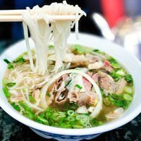 Ramen, Food And Drink, Soup, Ethnic Recipes, Yummy Food, Cha Cha, Asia, Delicious Food, Soups