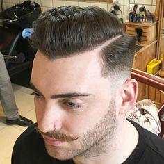 Mid Fade + Hard Part + Textured Pomp New Mens Haircuts, Trending Hairstyles For Men, Classic Mens Hairstyles, Edgy Haircuts, Cool Hairstyles For Men, Best Short Haircuts, Hairstyles Haircuts, Pompadour, Man Haircut 2017
