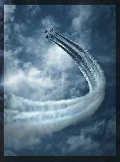 Planes - Sky