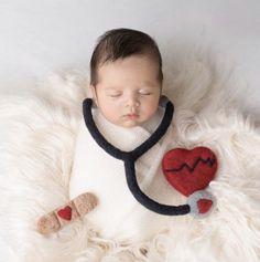 Heart Photography, Newborn Photography Props, Newborn Photo Props, Newborn Photos, Photography Tips, Nuno Felting, Needle Felting, Nurse Photos, Felt Bunny