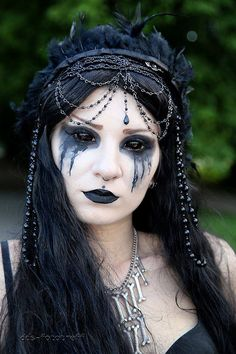 From Wave Gotik Treffen, great black-out contacts and black tears on this #Goth girl