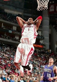 Houston Rockets Tracy McGrady - one of the greatest Houston Rockets Basketball, Nba Basketball Teams, Basketball Is Life, Sports Teams, Nba Pictures, Basketball Pictures, Curry Nba, Tracy Mcgrady, Shooting Guard