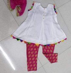 Baby Girl Dress Design, Girls Frock Design, Kids Frocks Design, Baby Frocks Designs, Baby Girl Frocks, Baby Girl Party Dresses, Frocks For Girls, Girls Dresses Sewing, Toddler Girl Dresses